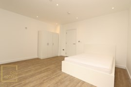 Similar Property: Double Room in Canada Water