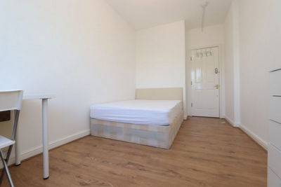 Similar Property: Double room - Single use in Surrey Quays