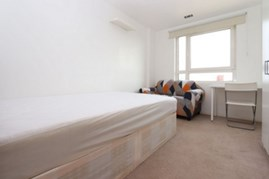 Similar Property: Double room - Single use in Isle of Dogs