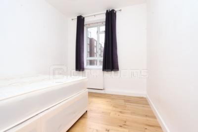 Similar Property: Double Room in West Kensington