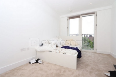 Similar Property: Ensuite Single Room in Caledonian Road