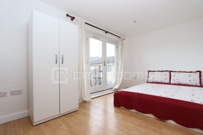 Similar Property: Double Room in Bow