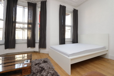Similar Property: Double room - Single use in West Kilburn