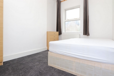Similar Property: Double room - Single use in Dollis Hill