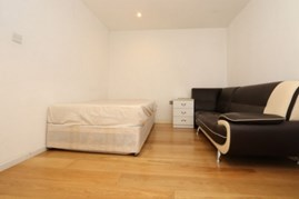 Similar Property: Double Room in Kilburn Park
