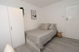 Similar Property: Double Room in Leyton