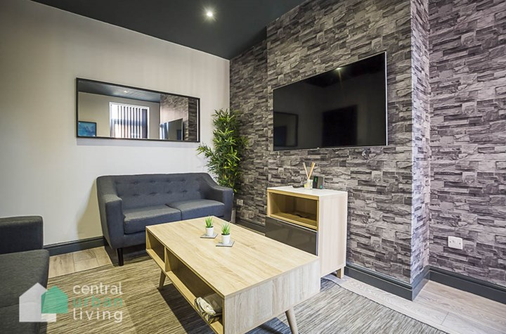 Catherine Street **Available From August 2022 - 5 Bedrooms From £125** CH1